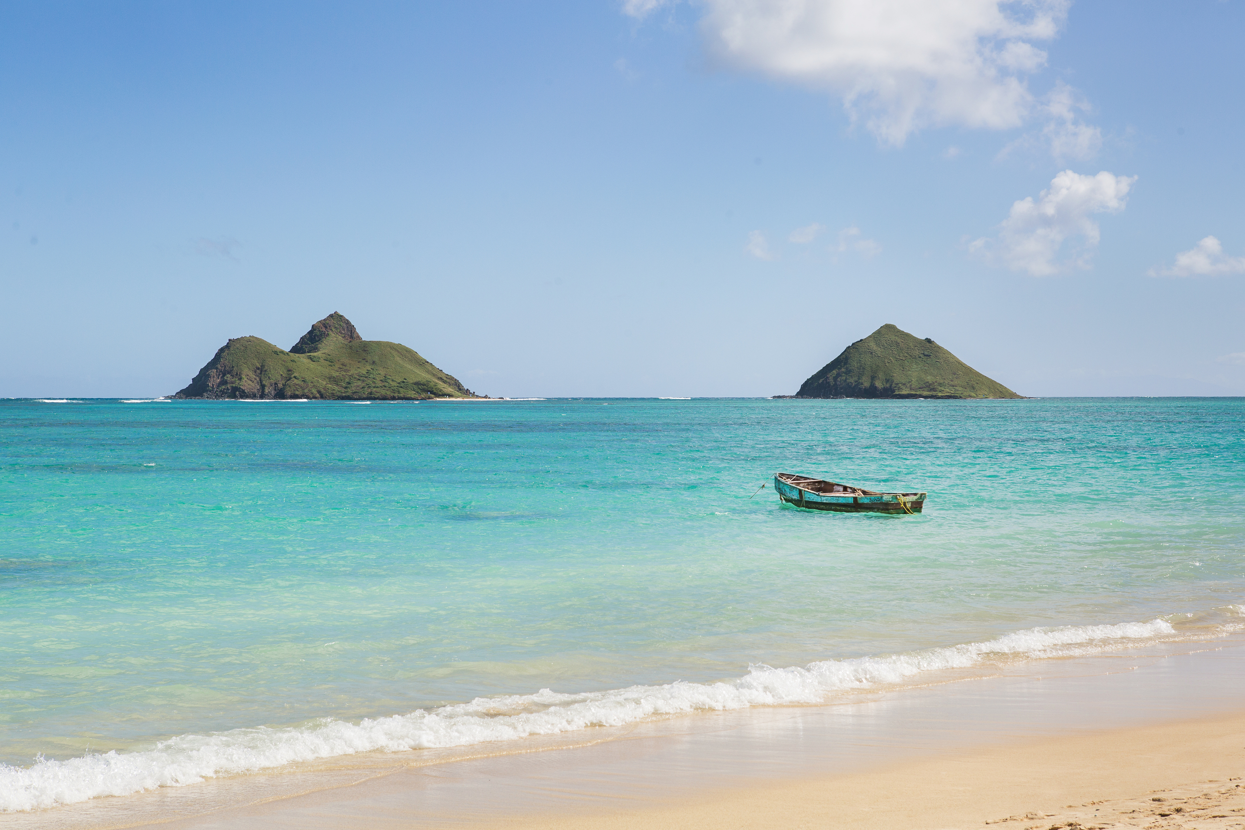 lanikai-beach-hawaii-little-boat.jpg