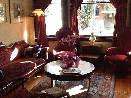 AShby living room 744c.jpg