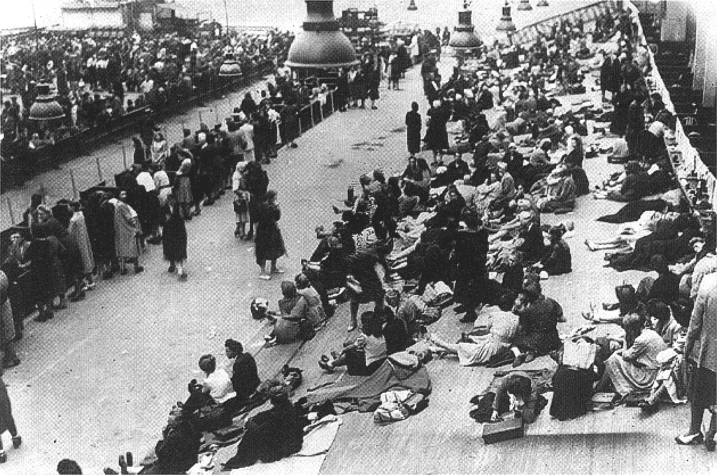 Round up at the Vélodrome d'Hiver in July 1942