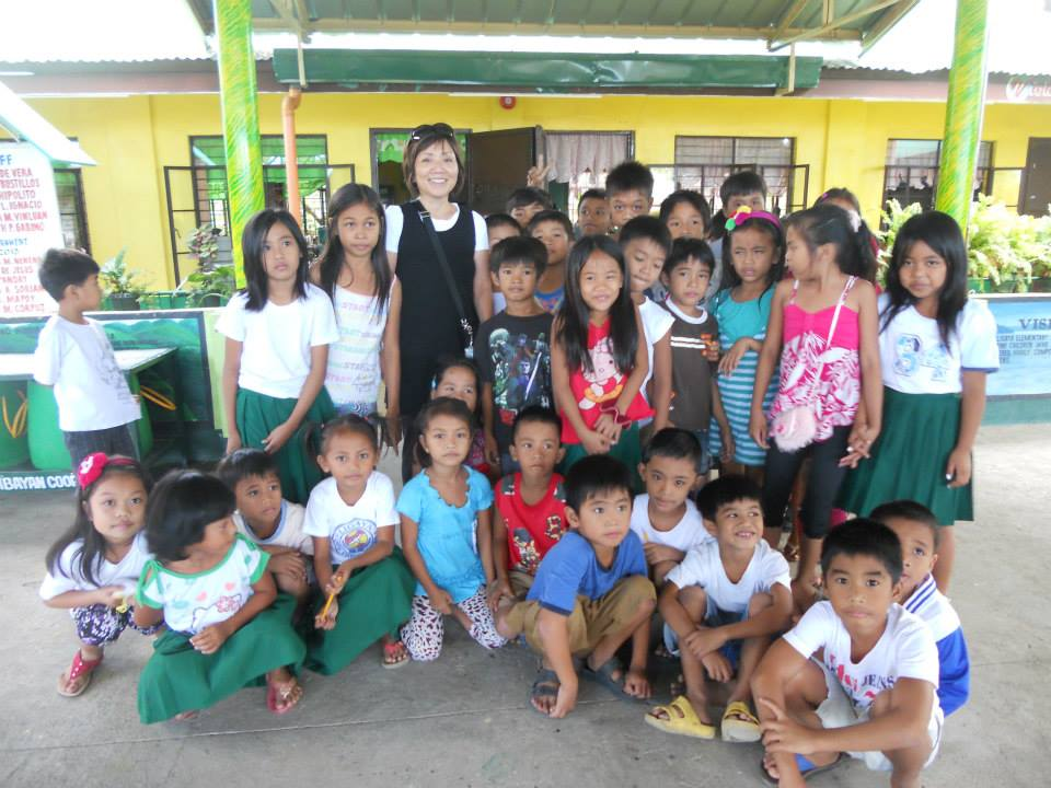 Iris with Youth During Mililani Baptist Missions Trip to the Philippines