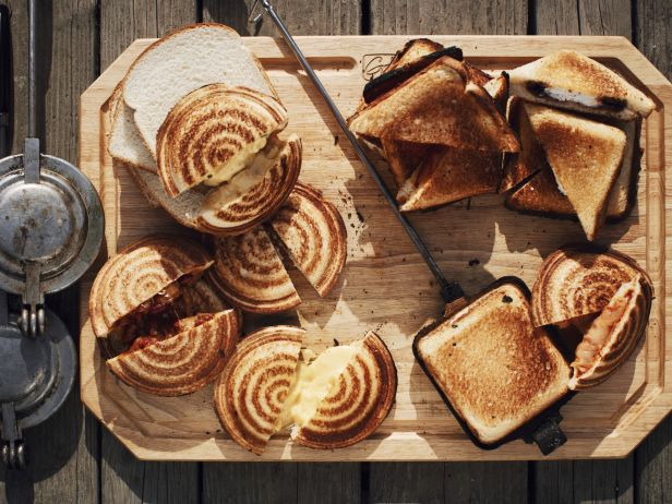 9 Campfire-Friendly Foods Ready For Labor Day