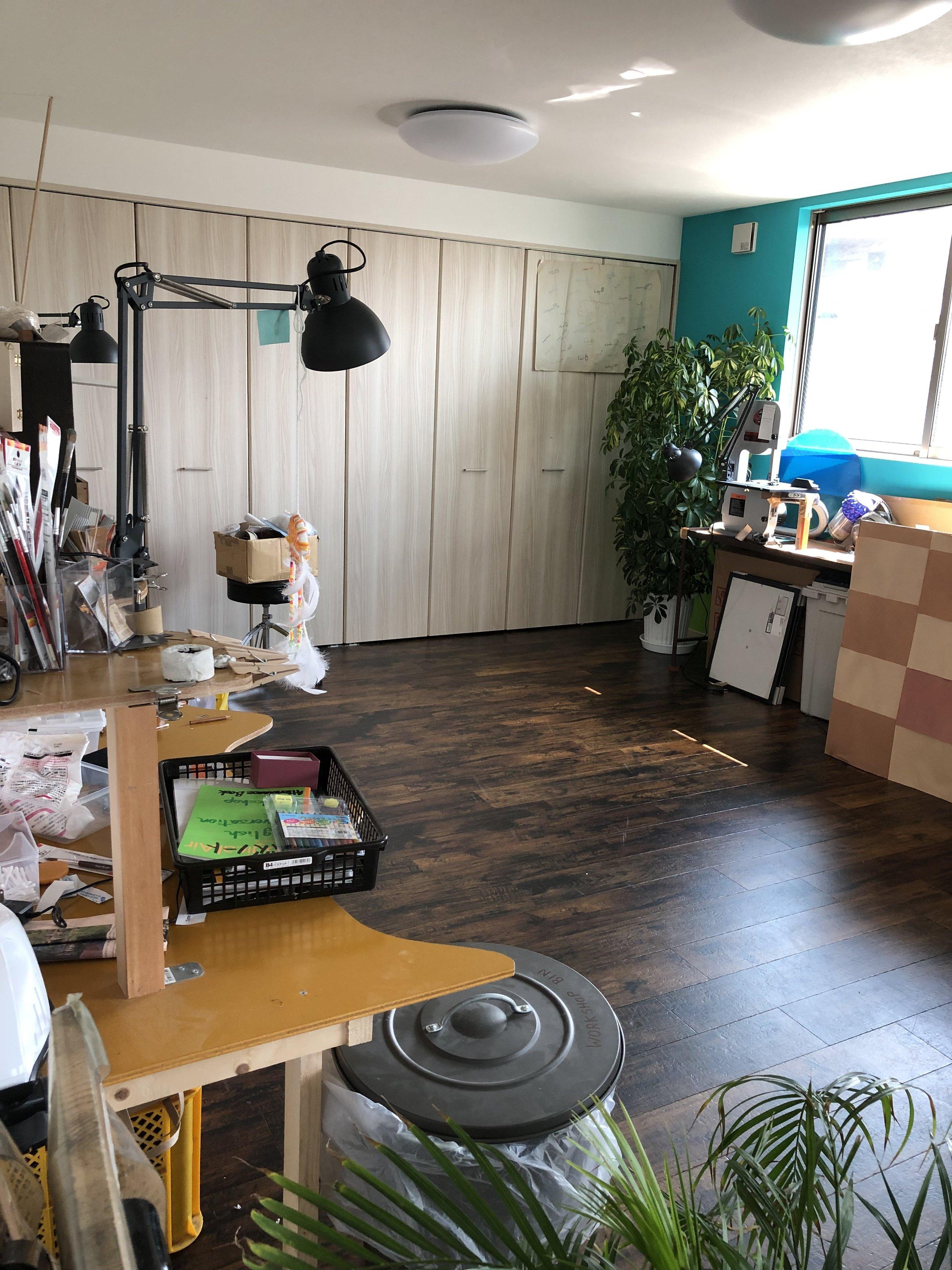 BKI-Preschool/workshop-craft-space-window.png