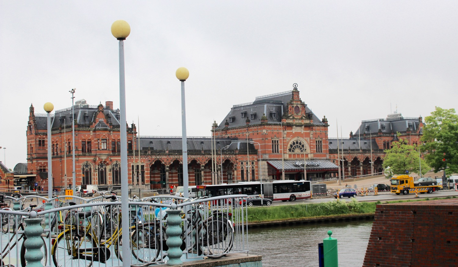 VIEW FROM THE GROENINGEN MUSEUM ACROSS THE CANAL TO THE FAMOUS TRAIN STATION