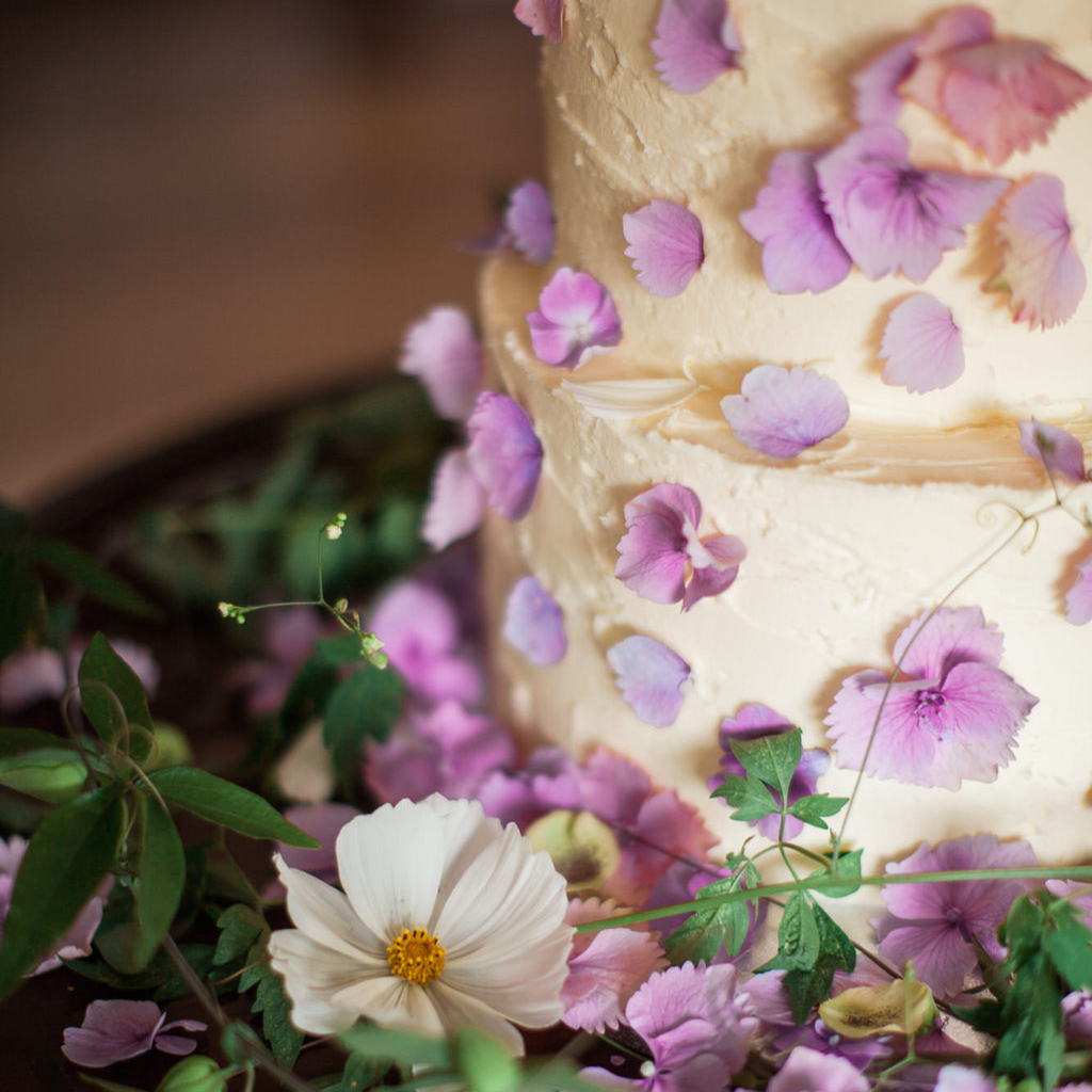 Well Travelled Bride Scottish Highlands Scotland Wedding Cake