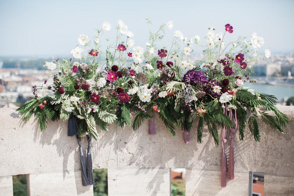 Well Travelled Bride Destination Wedding Flower Inspiraiton Buadpest .jpeg