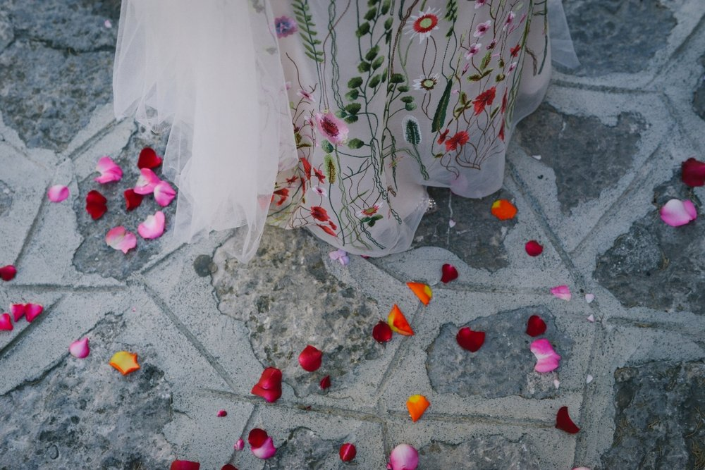 Well Travelled Bride Amalfi Elopement Kelsey Genna Wedding Bespoke Dress.jpeg