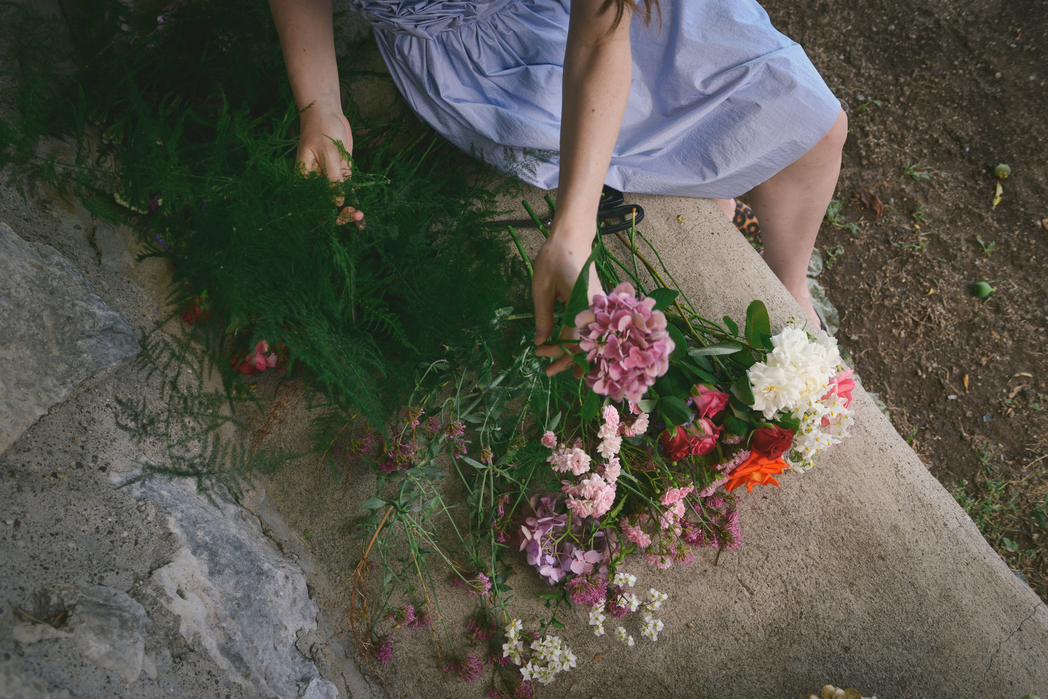 Well Travelled Bride Amalfi Elopement Kelsey Genna Bouquet.jpg