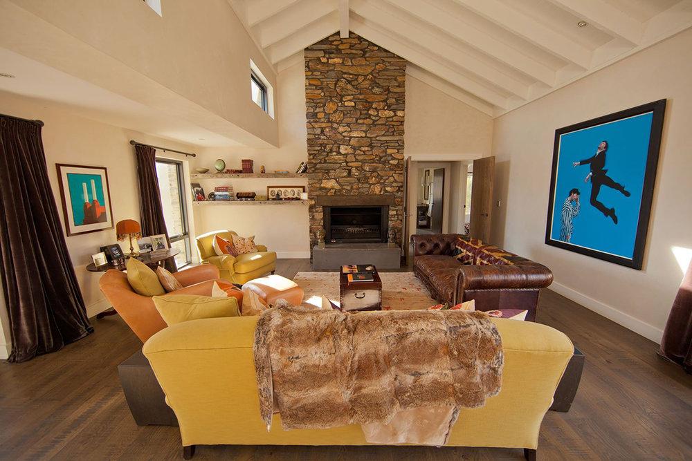 Well+Travelled+Bride+Wanaka+Luxury+Accommodation+Barley+Fields (3).jpeg