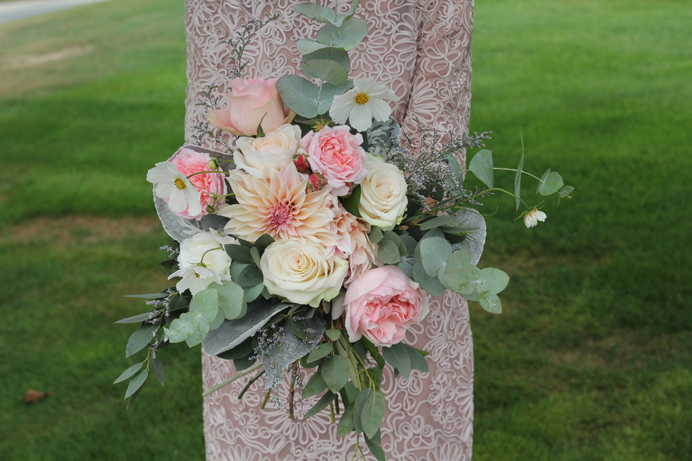 Well+Travelled+Bride+Florist+Wanaka+Wedding+Flowers.jpeg