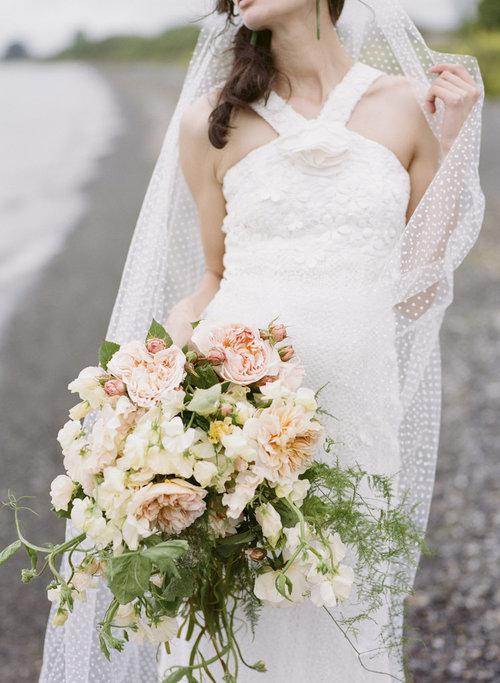 Well+Travelled+Bride+Wellington+Wedding+Florist+Yvette+Edwards (1).jpeg