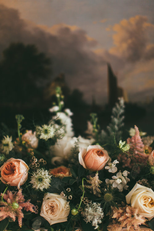 Well+Travelled+Bride+Scottish+Highland+Hays+Flowers+Wedding+Florist.jpg
