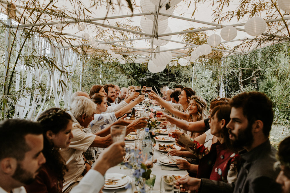 Well+Travelled+Bride+Budapest+Destination+Photography+Pinewood+Weddings.jpg