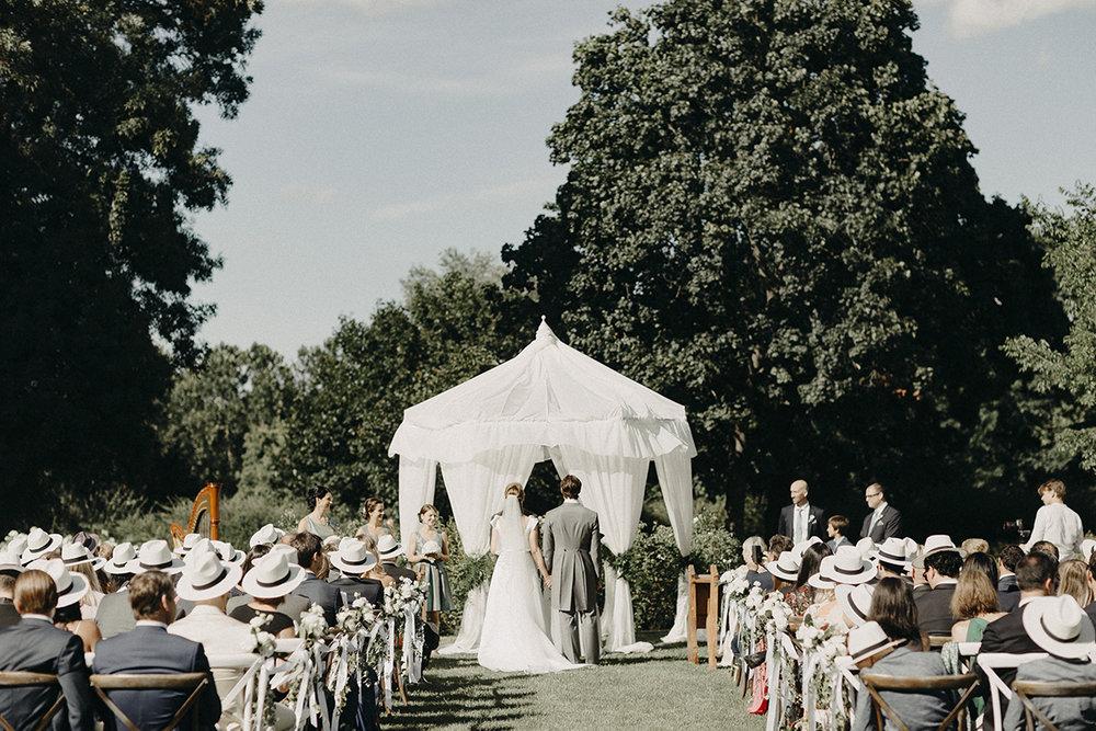 Well+Travelled+Bride+Miss+Planner+Budapest+Hungary.jpg