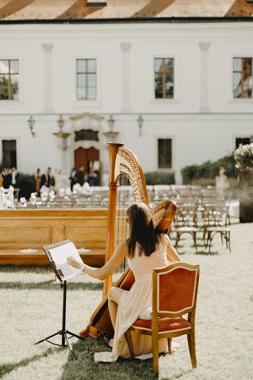 Well+Travelled+Bride+Wedding+Planner+Budapest+Miss+Planner.jpg