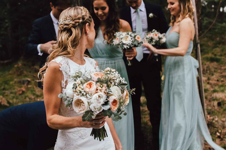 Well+Travelled+Bride+Scottish+Highland+Wedding+Florist+Hays+Flowers.jpg