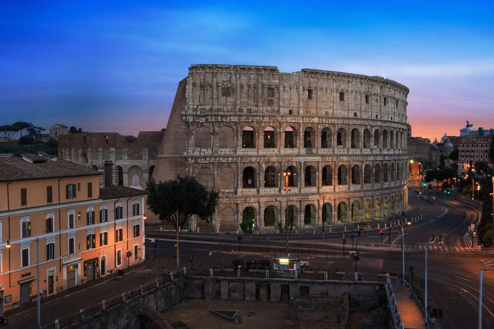 3 Well Travelled Bride Italy Honeymoon Palazzo Manfredi Rome.jpg