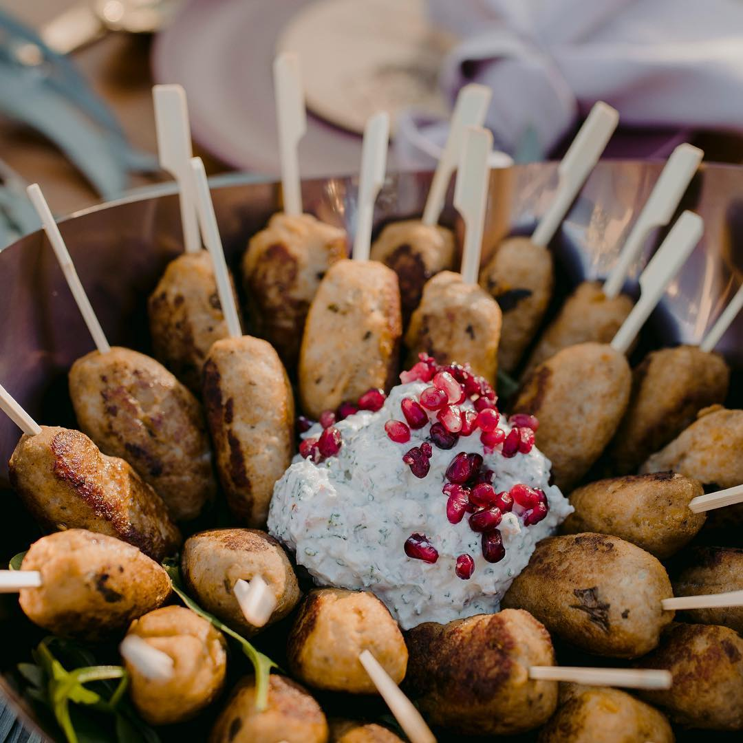 4 Well Travelled Bride Hummingbird and Co Wedding Catering Byron Bay.jpg