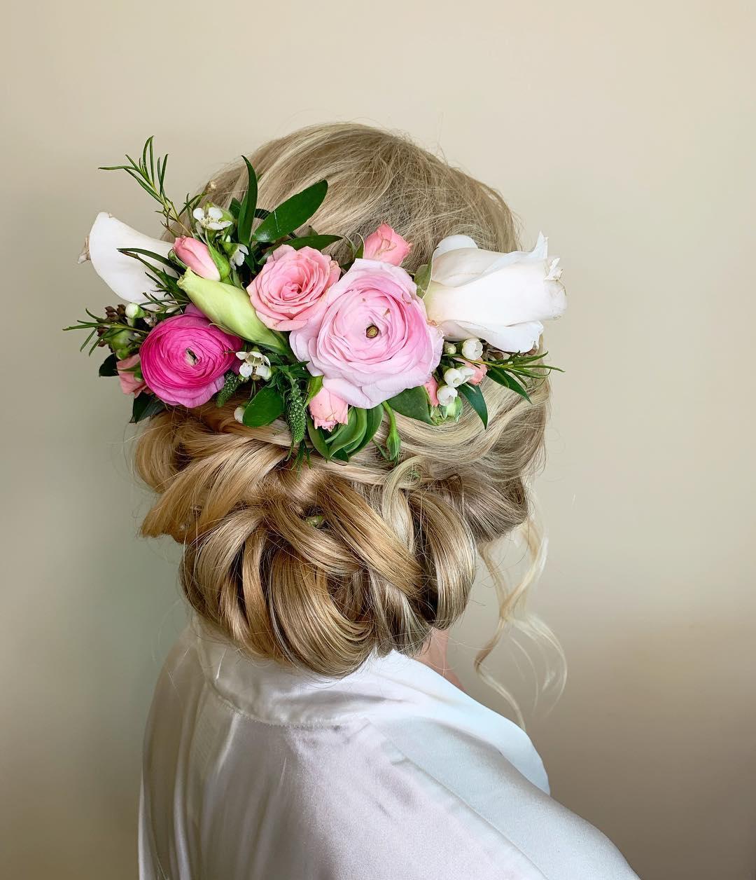 3 Well Travelled Bride Love and Beauty Maui Wedding Hair and Makeup Hawaii.jpg