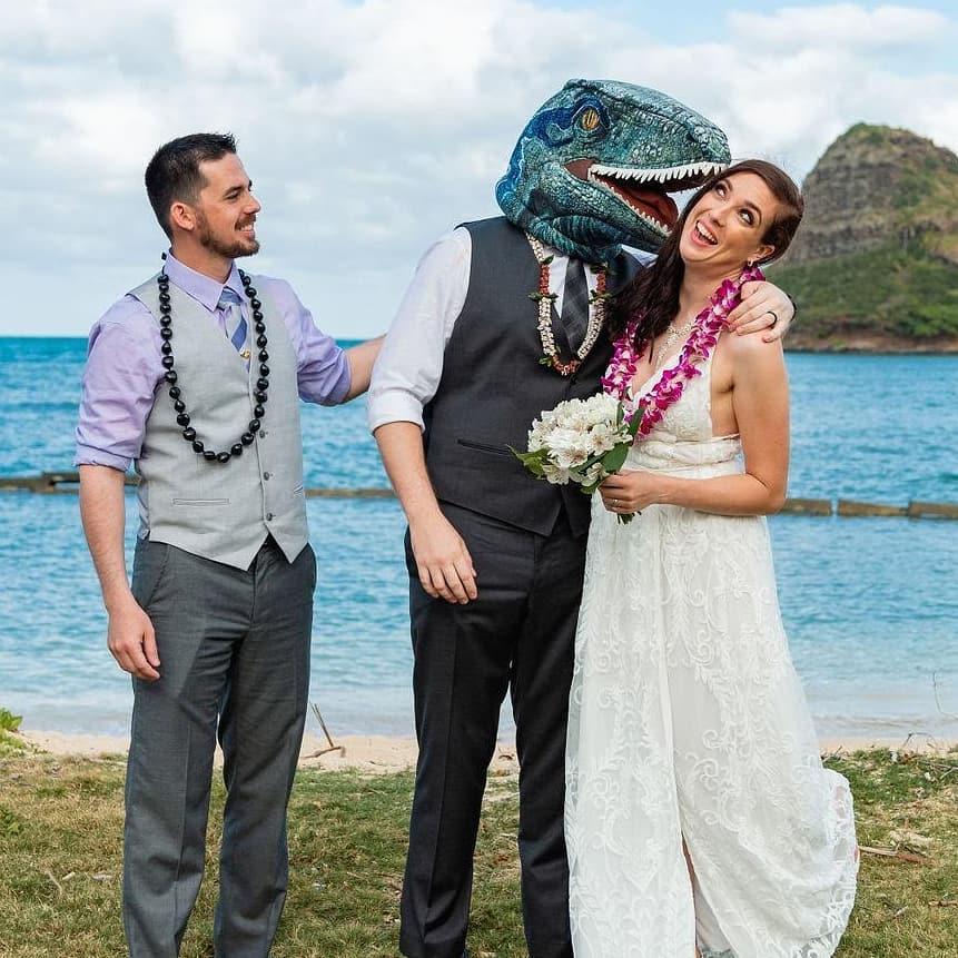 4 Well Travelled Bride Hawaii Wedding Studio Rev James Chun Wedding Officiant Hawaii.jpg