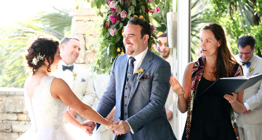 4 Well Travelled Bride Ceremona Wedding Celebrant Byron Bay.PNG
