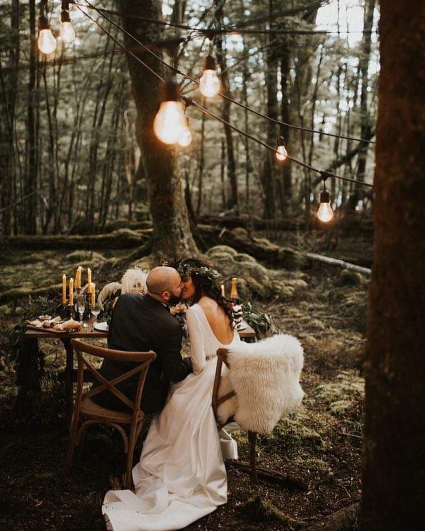 4 Well Travelled Bride Kate Roberge Photography Wedding Photographer Lake Wanaka.jpg