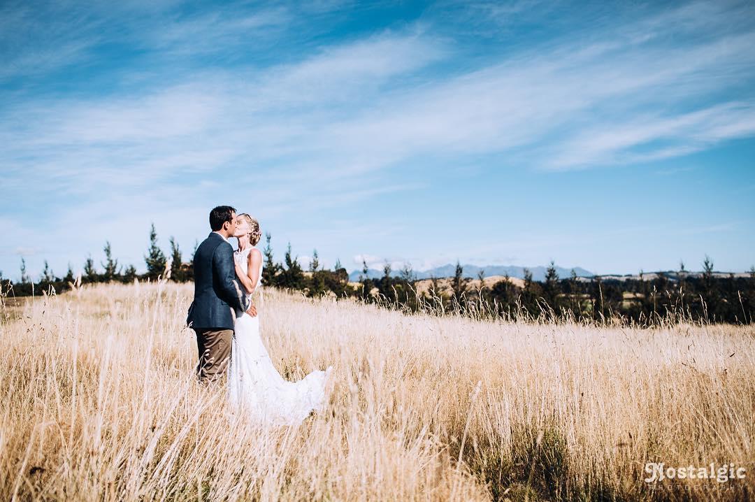 1 Well Travelled Bride Nostalgic Photography Wedding Photographer Lake Wanaka.jpg
