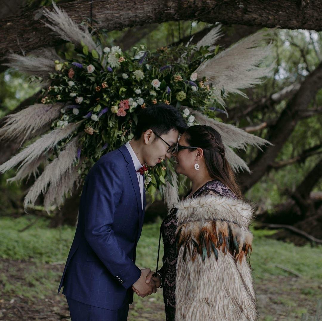 1 Well Travelled Bride Philippa Thomas Wedding Celebrant Lake Wanaka.jpg