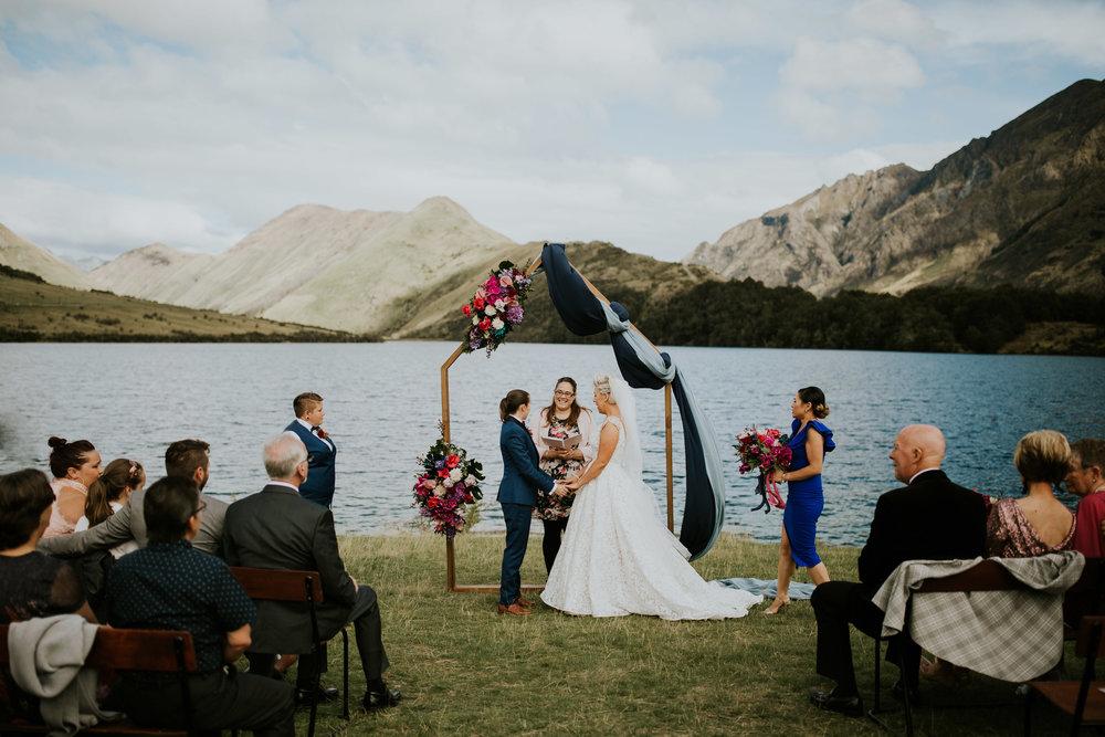 3 Well Travelled Bride Philippa Thomas Wedding Celebrant Lake Wanaka.jpg