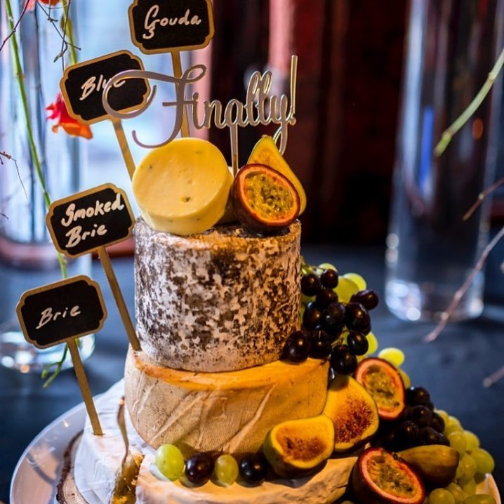 4 Well Travelled Bride Gibbston Valley Cheese Wedding Cakes Lake Wanaka.jpg