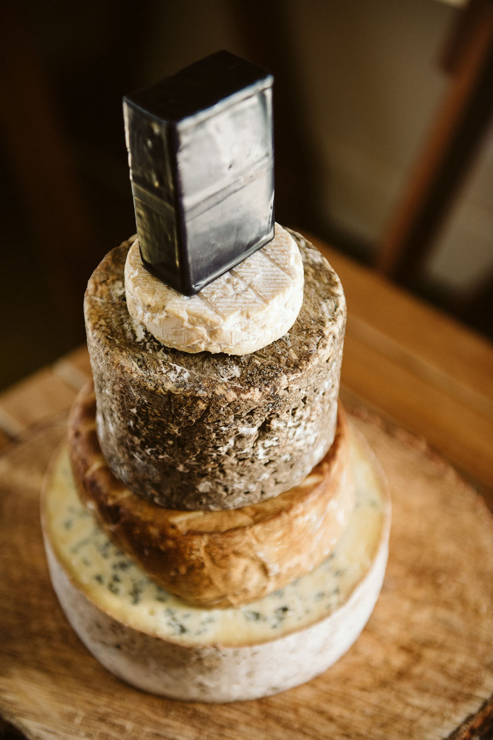 5 Well Travelled Bride Gibbston Valley Cheese Wedding Cakes Lake Wanaka.jpg