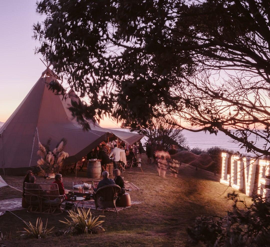 Well Travelled Bride Queenstown Wanaka Wedding Love Sign Lumina Signs 4.jpg