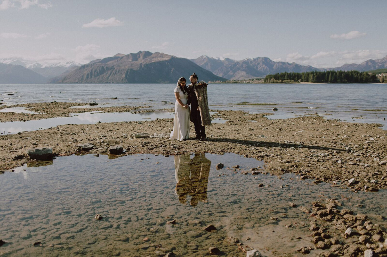 4 Well Travelled Bride Edgewater Wanaka Wedding Venue Lake Wanaka.jpg