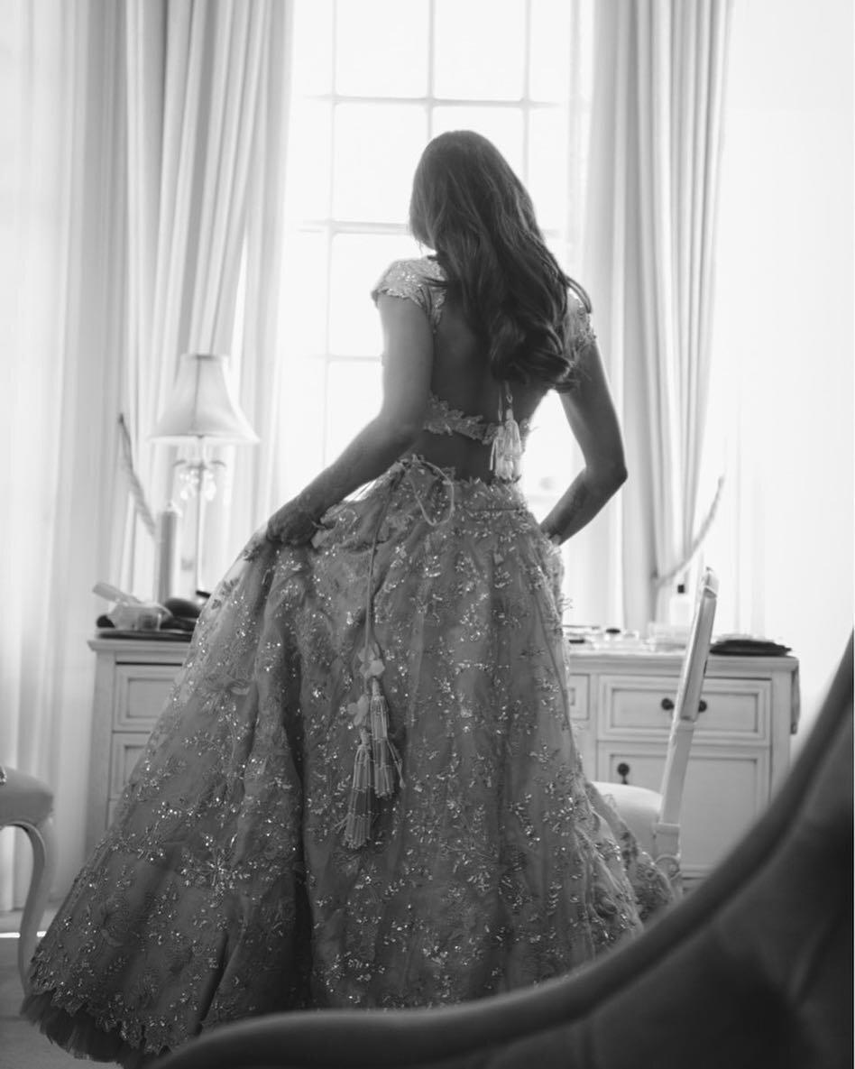 Well Travelled Bride Sarah Burton Weddings London Photographer 4.jpg