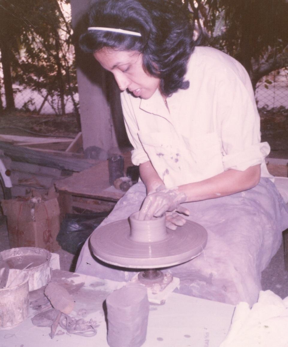 1974+Delhi+Blue+pottery.jpg