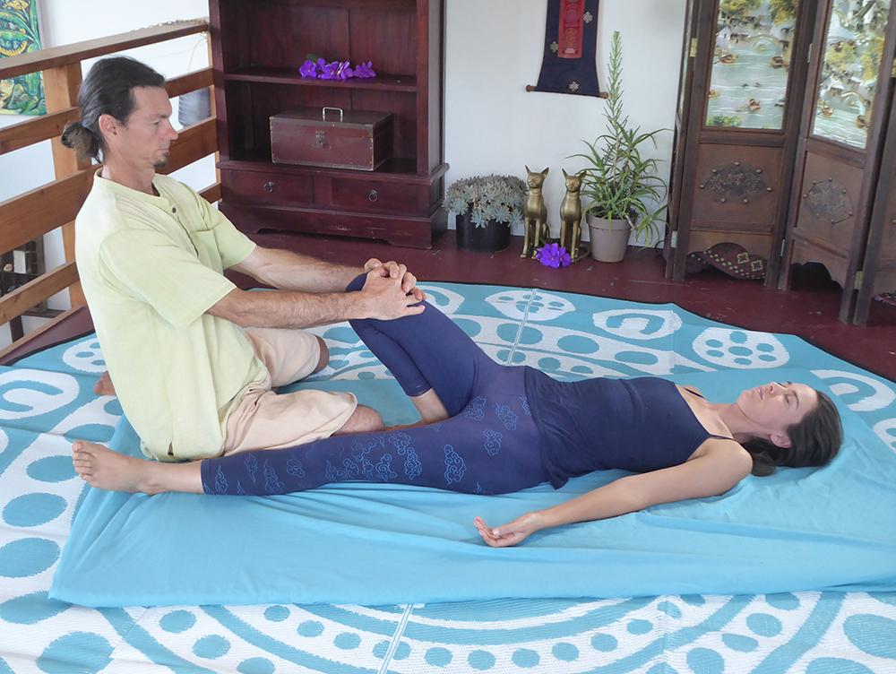 Thai_Yoga_Massage_Byron_Bay_The_Health_Lodge.jpg