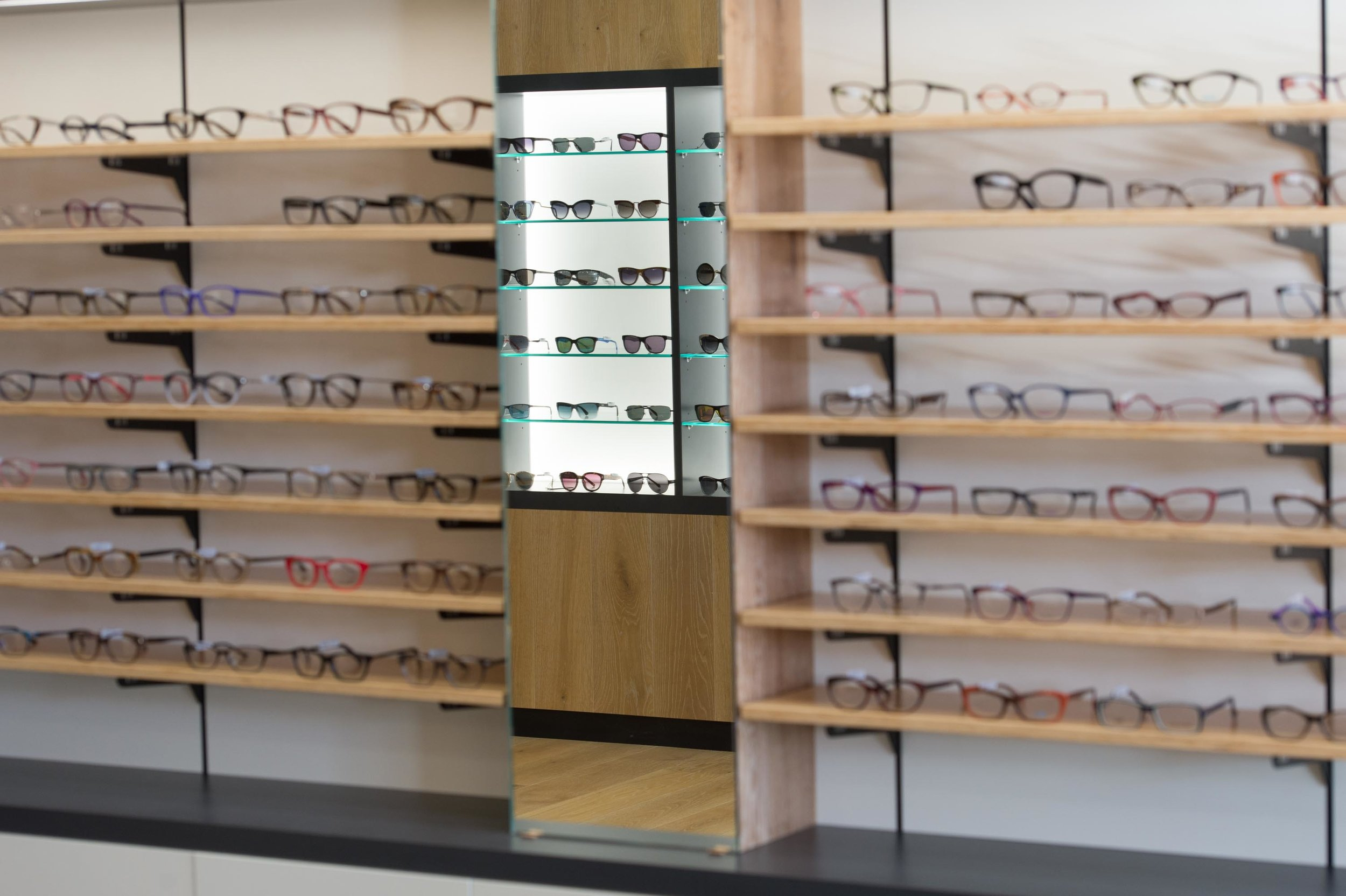 0021  - AAFS Shopfitting - Hastings Optical.jpg