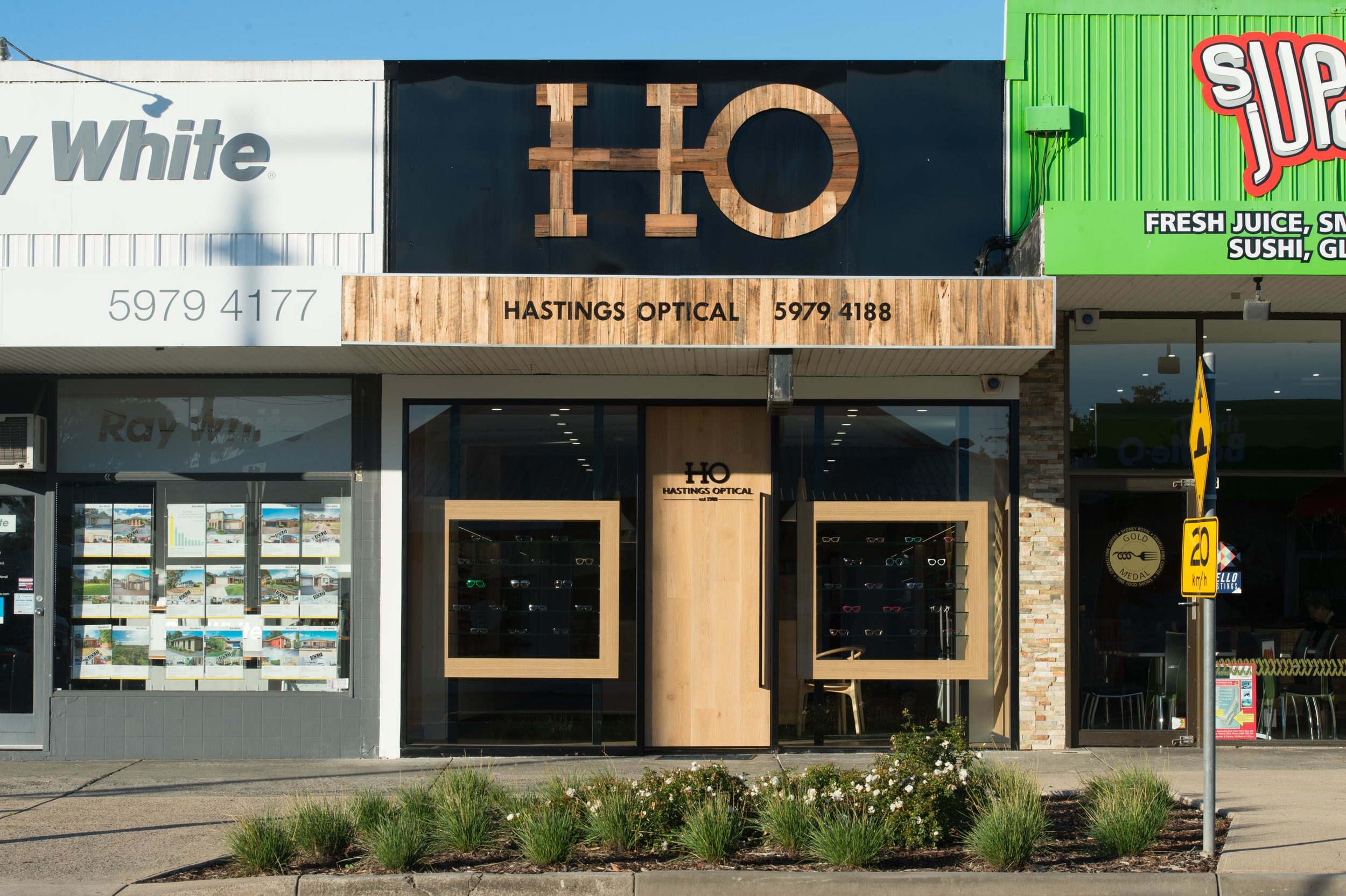 0004  - AAFS Shopfitting - Hastings Optical.jpg