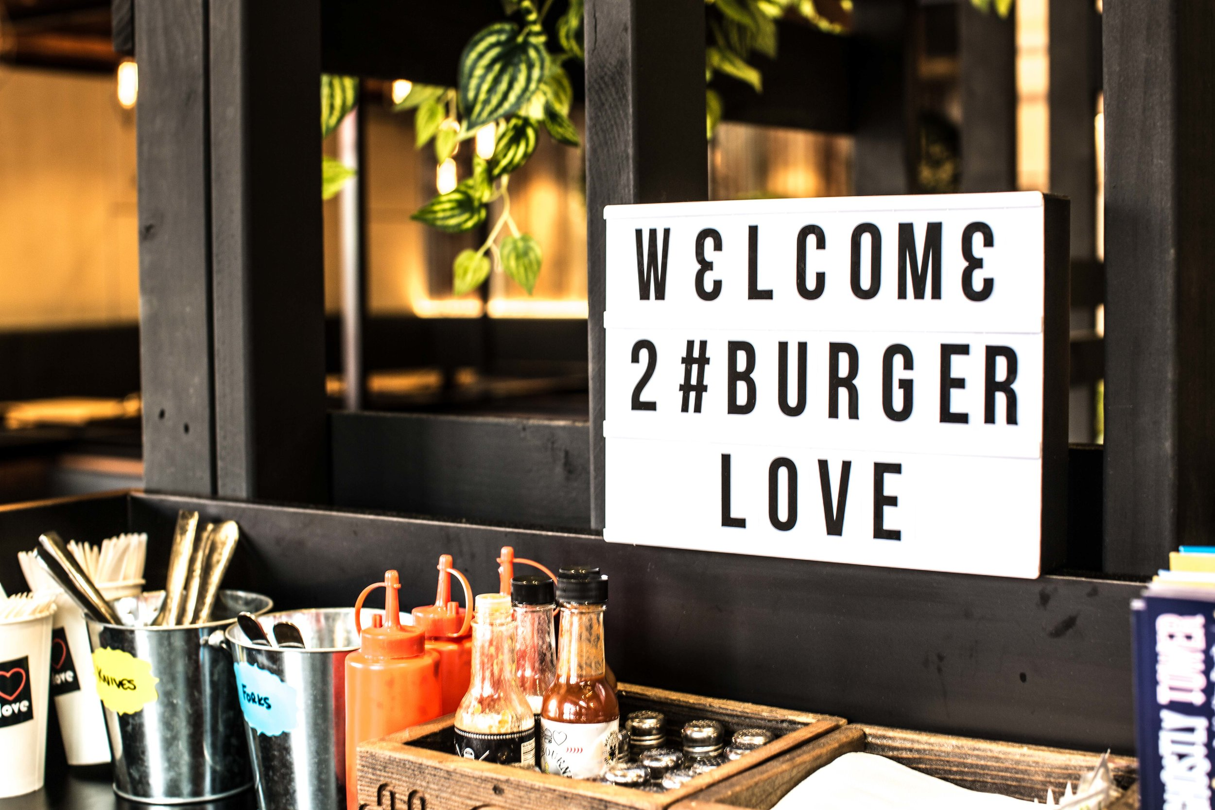 Burger Love Broadmeadows-14.jpg