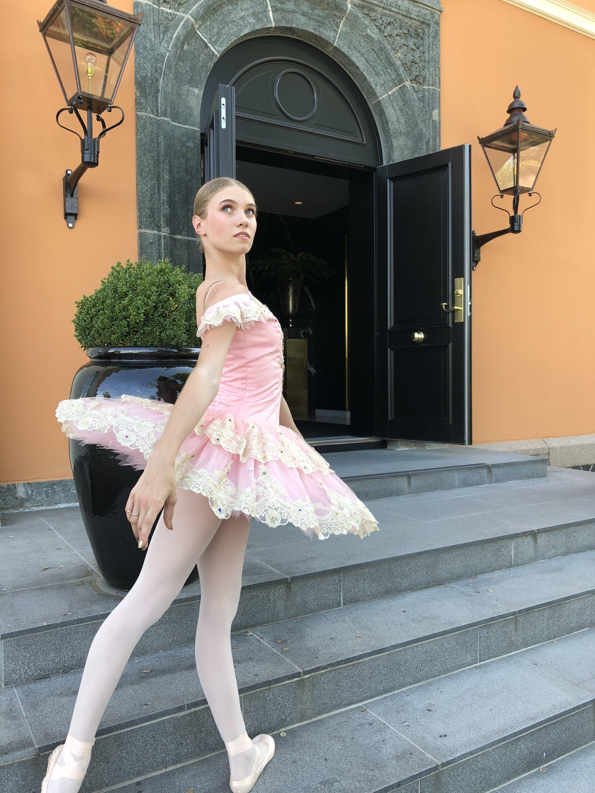 ballerinaer.jpg