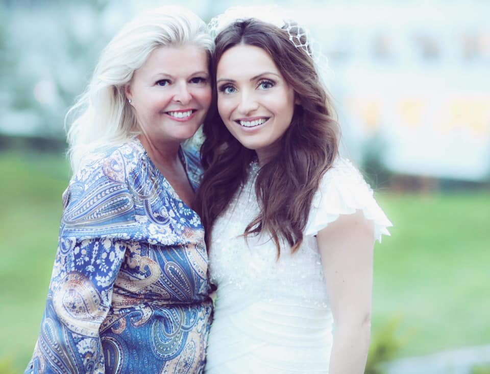 Hilde with the beautiful bride .jpg