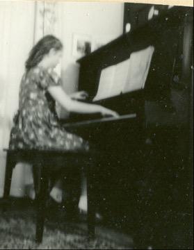 Piano player extraordinaire.