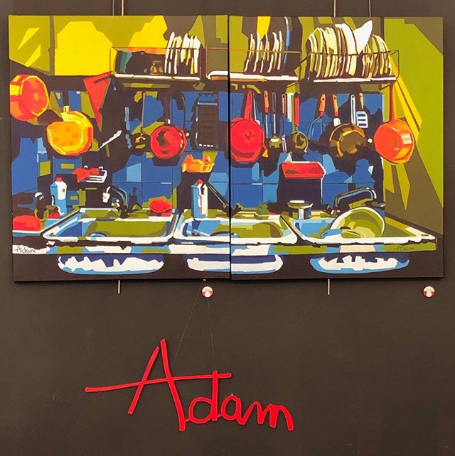 Wanna do the dishes ??? 😁 #painting @brigitteadam #colourful #paris #decoration @marchedauphine #marcheauxpuces #homedesign #kitchendesign #kitchen @galerievonthron