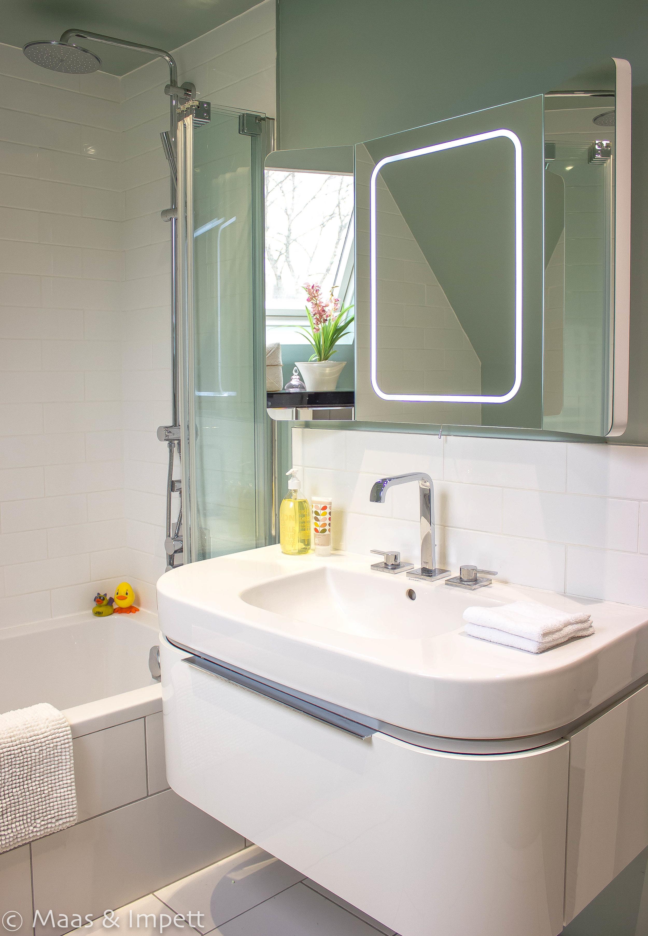 Bathroom interiors by  Maas & Impett