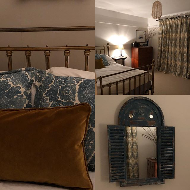 A lovely spare bedroom made elegant and welcoming.  Luxurious interlined curtains and cushions by @lewisandwood.  #maasandimpett #bedroomideas #beforeandafters #interiordesignideas #newforestinteriordesign #lewisandwoodfabric