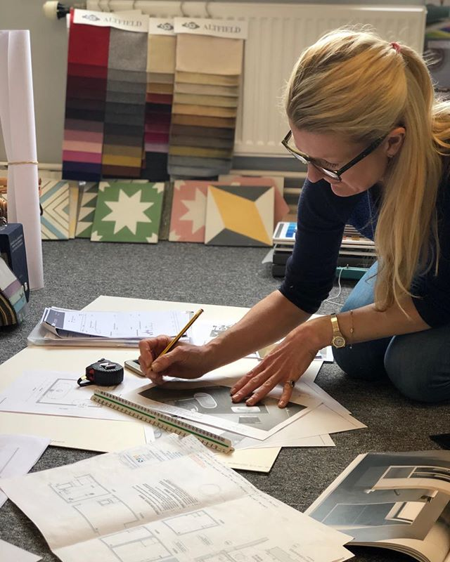 Snap shot of Maas & Impett 'beavering away' for our clients #concepttocompletion #newforestinteriordesigners #consultancy #maasandimpett #perfectionists