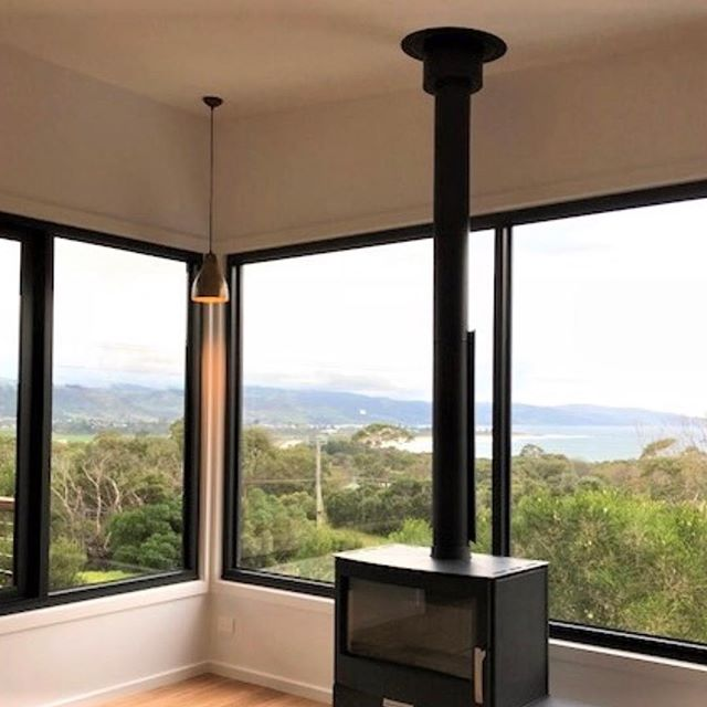 Keeping an eye on the view... so important to take advantage of what you have 😉  #theview #clarkeandcobuilders #dreamhome #customdesigned #surfcoast #apollobay #torquay #ruralsetting