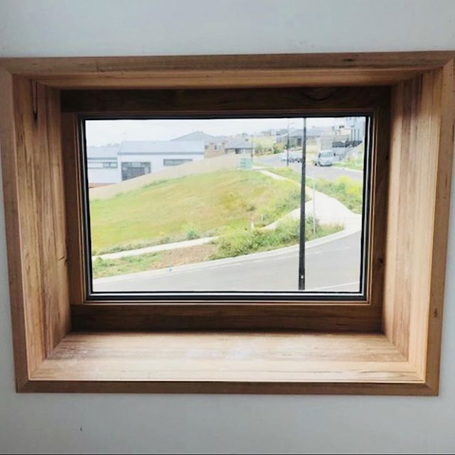This timber boxed out window seat is looking amazing! Great spot to take in the view or read a book (or like cool stuff on Instagram 😉) 🖼🔭 📚 #boxedwindow #clarkeandcobuilders #cooldesign #localbuilder