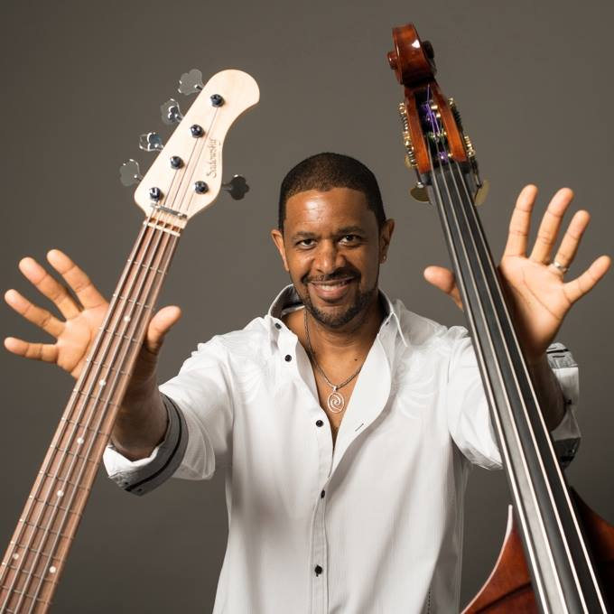 Chuck with two basses.jpg