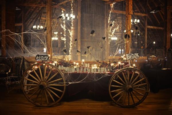enchanted-forest-halloween-wedding-54-600x400.jpg