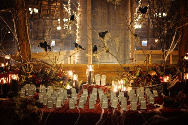 enchanted-forest-halloween-wedding-55-600x400.jpg